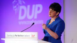 Arlene Foster er partileder i DUP.