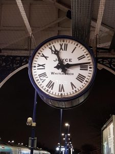 Stasjonsklokke. Foto