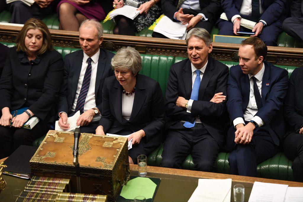 Theresa May i Parlamentet. Foto