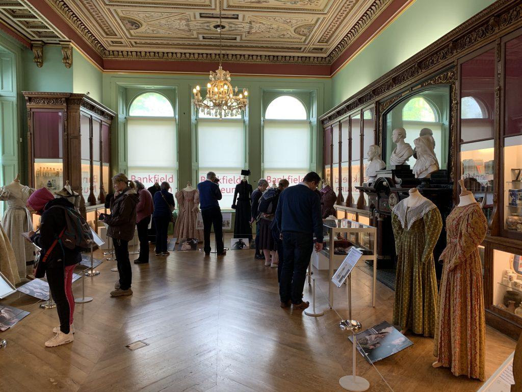 Kostymer Bankfield Museum Halifax - fra Gentleman Jack. Foto