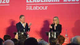 Sir Keir Starmer og Rebecca Long-Bailey. Foto