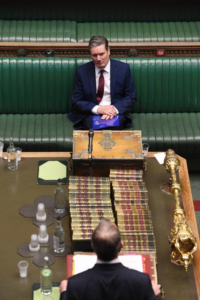 Sir Keir Starmer i Underhusets spørretime. Foto