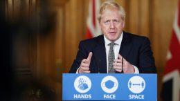 Boris Johnson holder koronapressekonferanse i Downing Street Foto