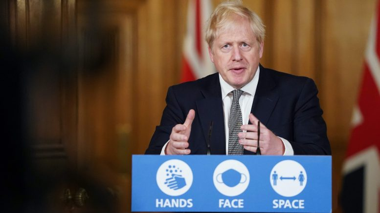 Boris Johnson holder koronapressekonferanse i Downing Street Foto