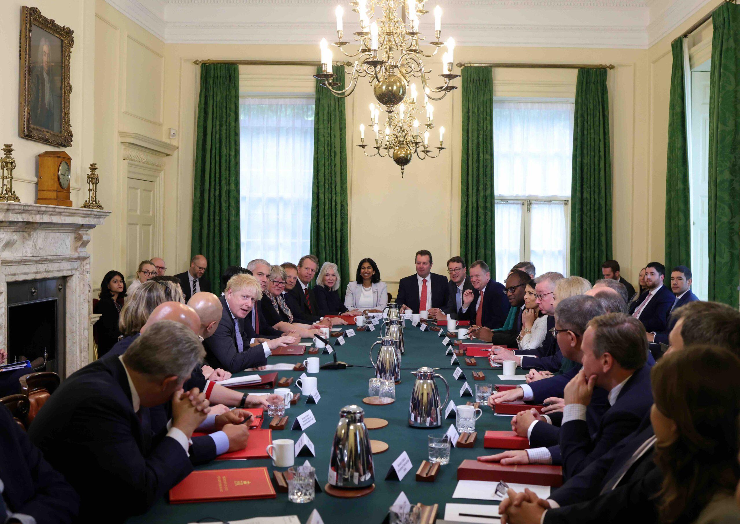 Møte i den britiske regjeringen. Foto